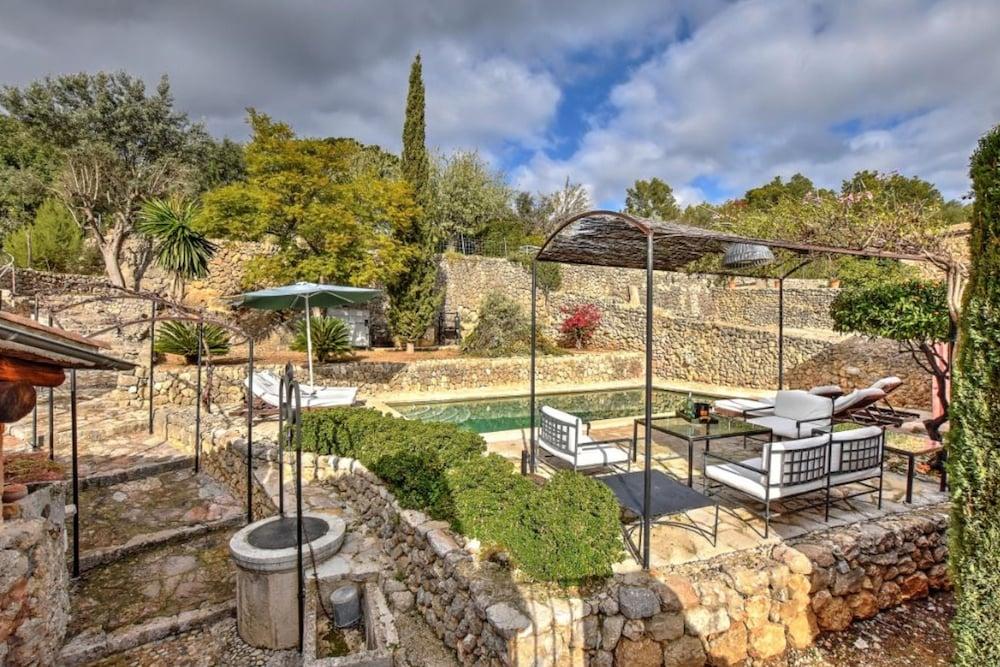 106037 - Villa in Selva