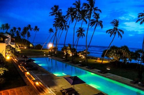 . Oak Ray Haridra Beach Resort