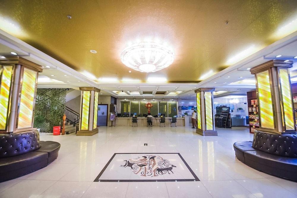 陽朔ニュー センチュリー ホテル VIP ビルディング (陽朔新世紀酒店貴賓楼)