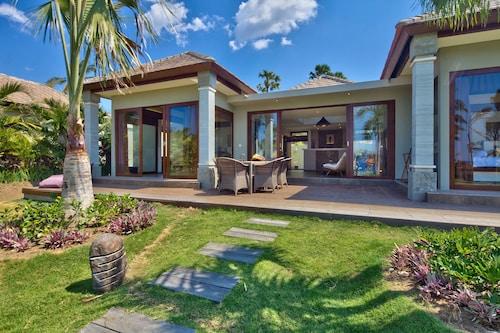 . Relax Bali Dive & Spa Resort