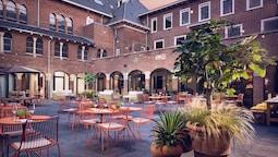 The Anthony Hotel