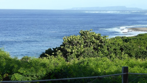 Bungalow With 2 Bedrooms in Le Moule, With Wonderful sea View, Private, Le Moule