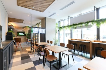 ICI HOTEL UENO SHIN OKACHIMACHI BY RELIEF Breakfast Area