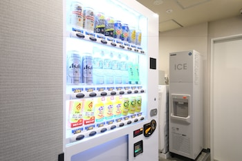 ICI HOTEL UENO SHIN OKACHIMACHI BY RELIEF Vending Machine