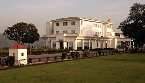 . Hari Niwas Palace