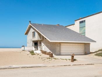 1015 Mandalay Beach Road Home 6 Bedrooms 4 Bathrooms Home