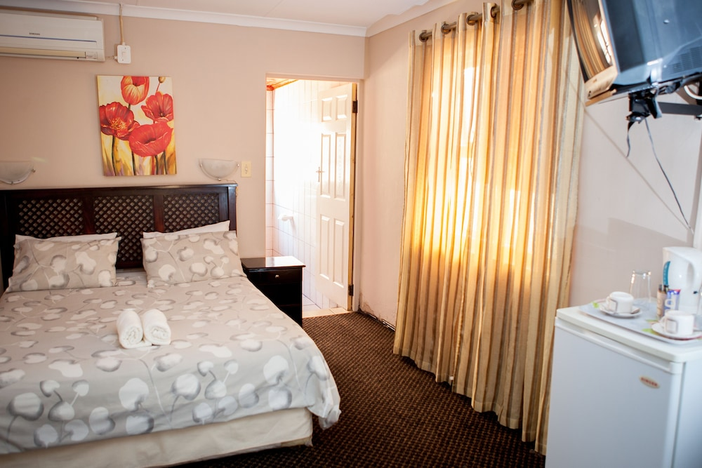 Oria Lodge - Summer Greens, City of Cape Town