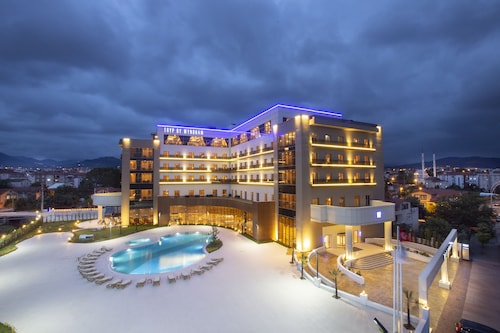 . TRYP by Wyndham Izmit