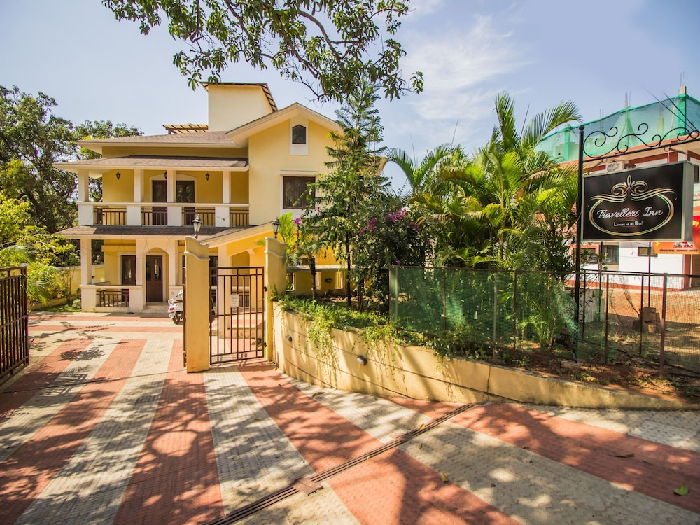 OYO 13081 Home 1BHK with Pool Assagaon