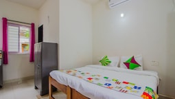 OYO 13098 Home Cozy Studio Near Uddo Beach
