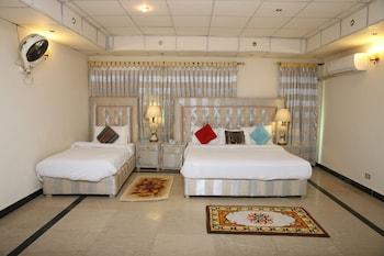 Hotel - Apex Inn