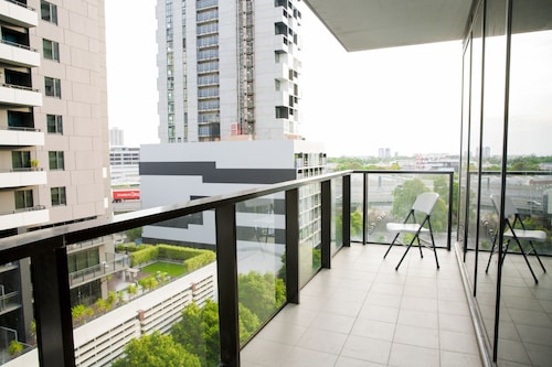 Southbank 2 Bedrooms Apt Next to Crown, Melbourne