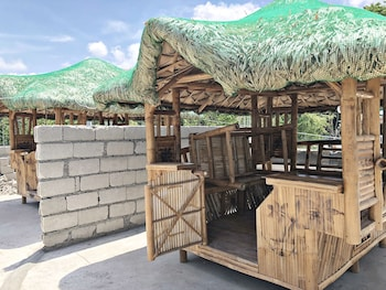ANTIPOLO BEACH HAUS MAIN Gazebo