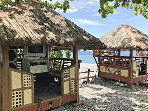 La Bien Haus Beach Resort, Lobo