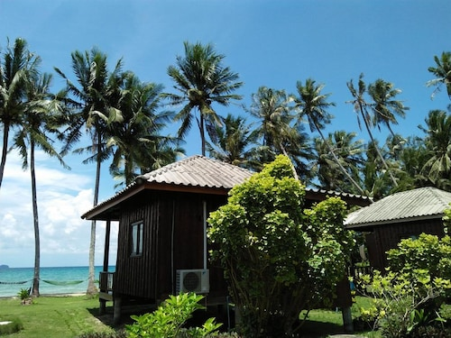 . Happy Days Resort