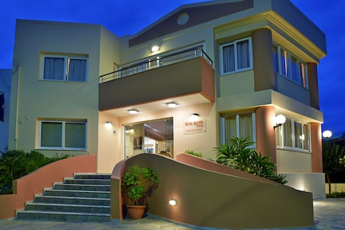 . Iolkos Hotel Apartments