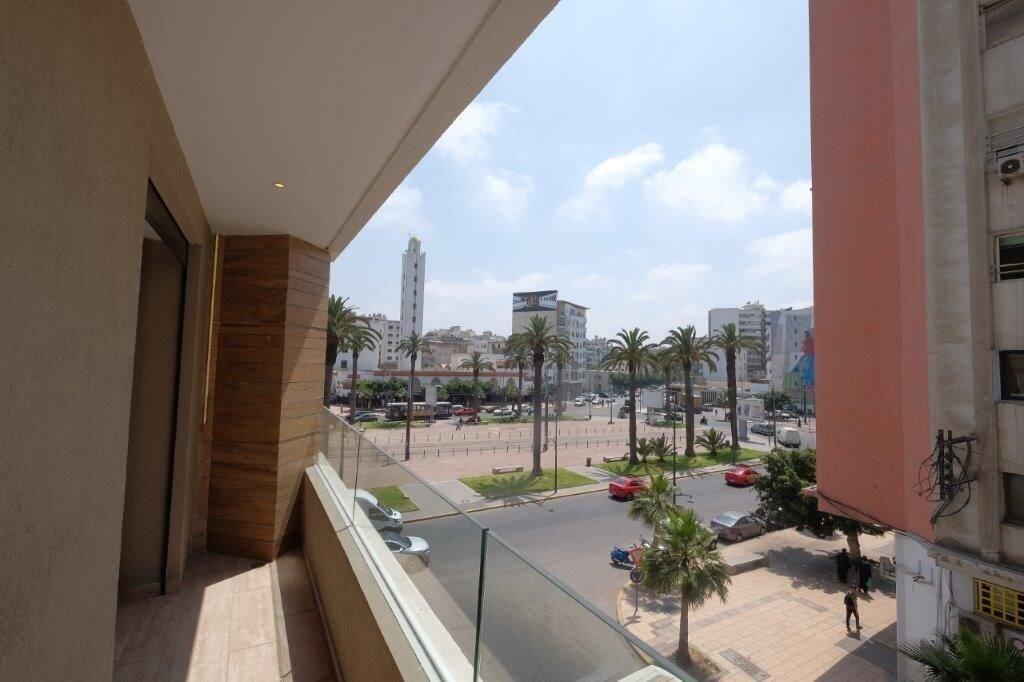 Cocoon, Casablanca
