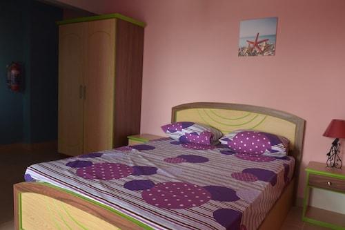 Mattaniah Appartment and Restaurant,