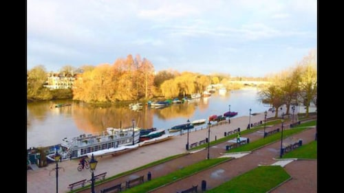 Richmond Riverside Apartment, Richmond upon Thames
