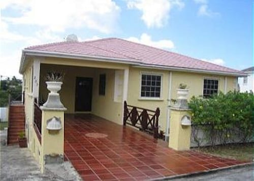 Barbados Sungold House Hibiscus - Three Bedroom Home,