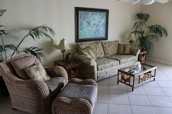 The Island Breeze at Coconut Villas of Dunedin - Two Bedroom Condo