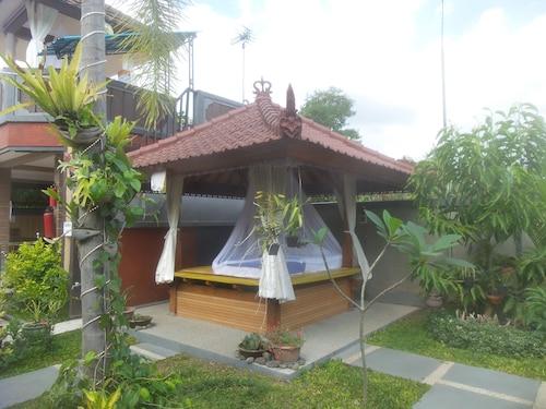 Summer Guesthouse, Buleleng
