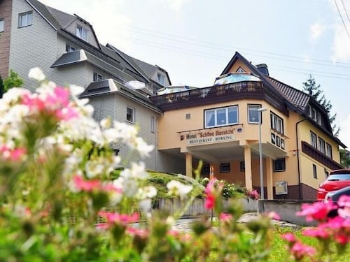 . Hotel Schöne Aussicht