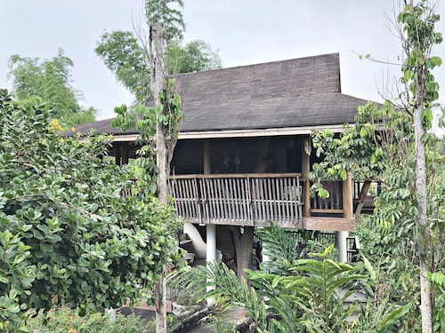 Tree House at Sitio de Amor Leisure Farm, San Pablo City