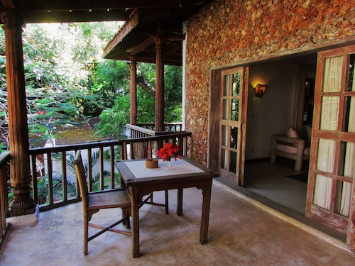 White Elephant Sea & Art Lodge, Malindi