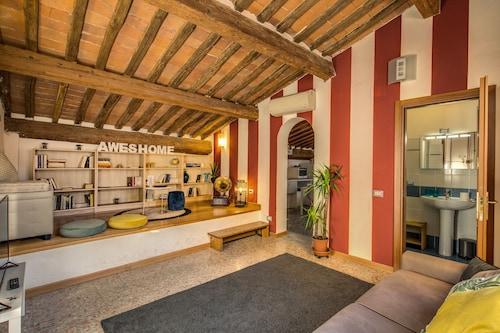 . AwesHome - Lungarno Bellavista Penthouse