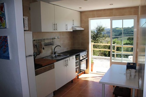 Villa With 3 Bedrooms in Mosqueiros, With Wonderful Mountain View, Pri, Alcobaça