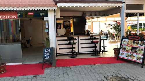 Sun Kiss Otel, Manavgat