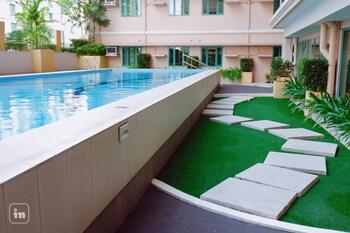 ORTIGAS SERENITY Outdoor Pool