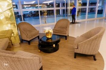 ORTIGAS SERENITY Lobby Sitting Area