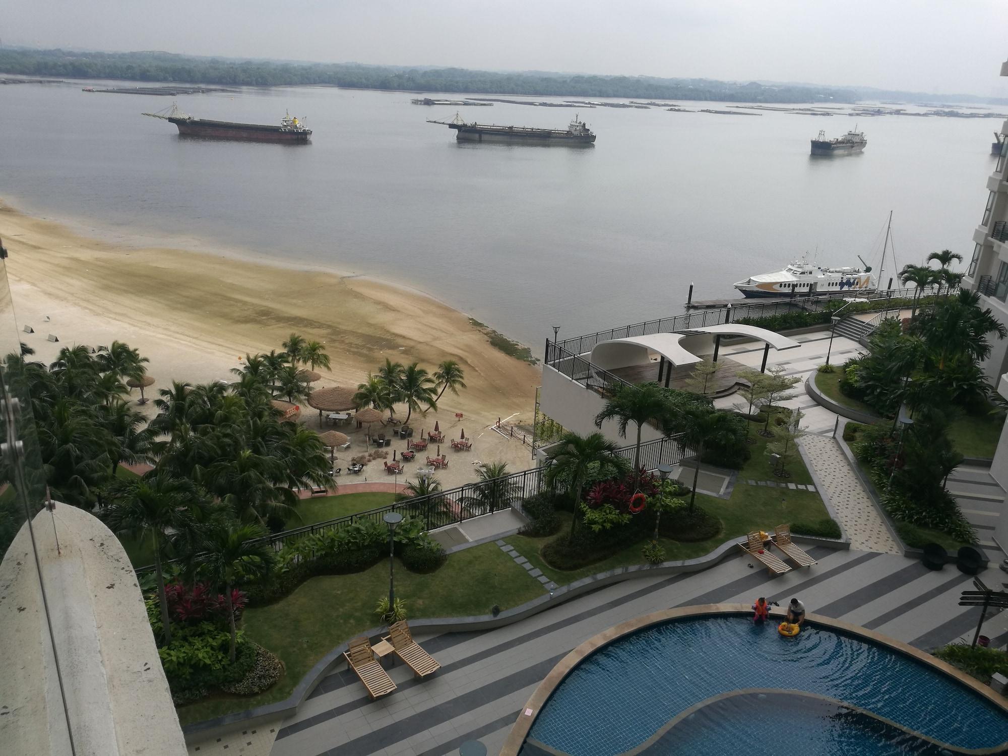 Grain of sand, Johor Bahru