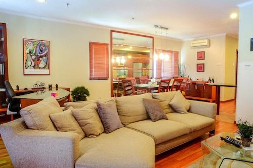 1 Bedroom at Puri Garden Apartment by Travelio, Jakarta Barat