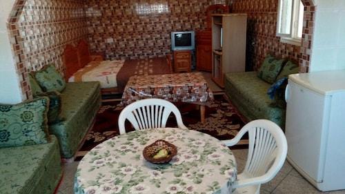 Khabour Appartment, Safi