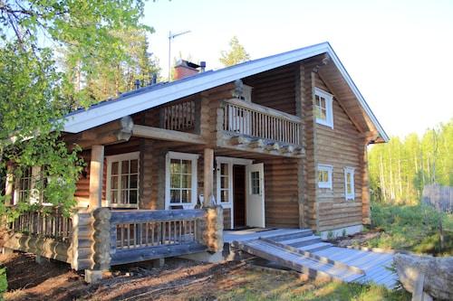 Aapishovi Chalet, Lapland