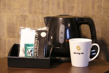 DORMY INN PREMIUM NAMBA ANNEX NATURAL HOT SPRING Coffee and/or Coffee Maker