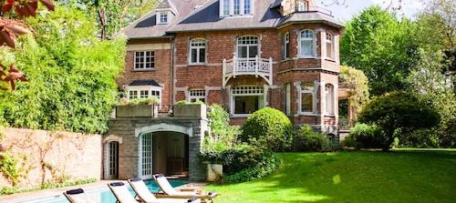 . La Maison Chantecler
