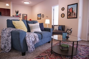 Picturesque 2BR Apt Near Mass Ave