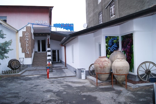 No Problem Hotel at Glinka Street,
