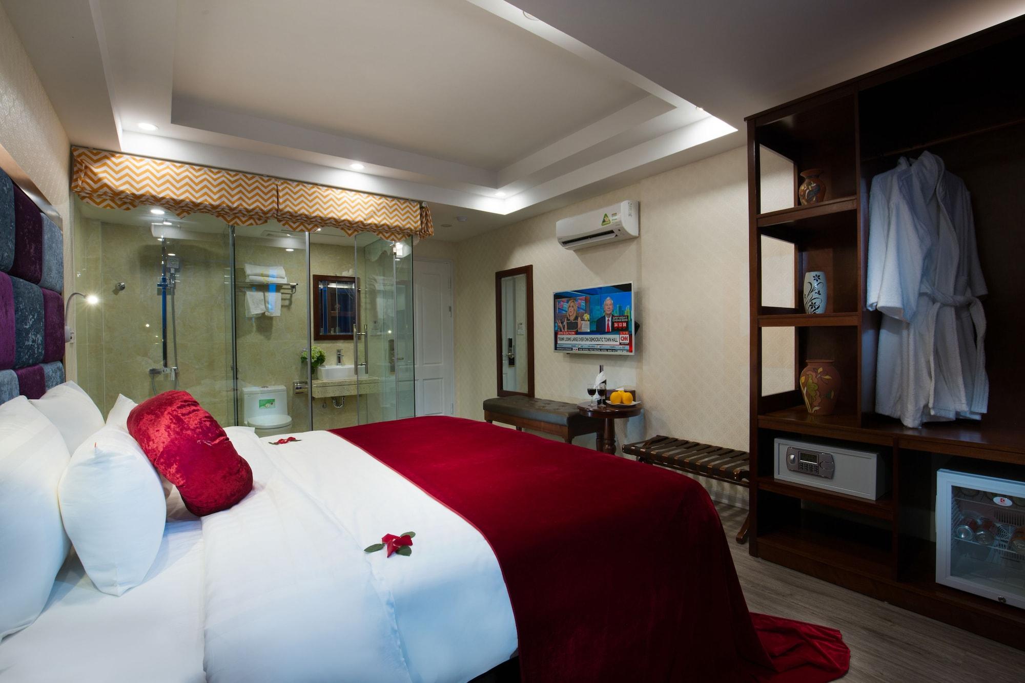 Lavender Old Quarter Hotel, Hoàn Kiếm