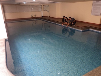 GRAND RESIDENCE 2 Indoor Pool