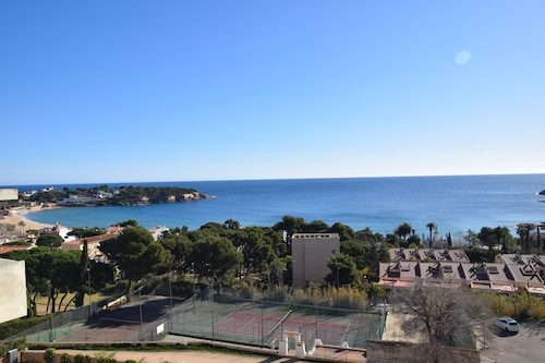 Paher, Girona