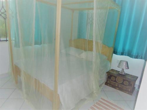 Royal Palms Apartments - Apartment D4, Kilifi South