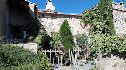 L'Occitane, Gard