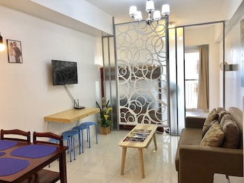 DR. CALAYAN'S COZY WIND RESIDENCES TAGAYTAY TAAL VIEW Tagaytay Cavite