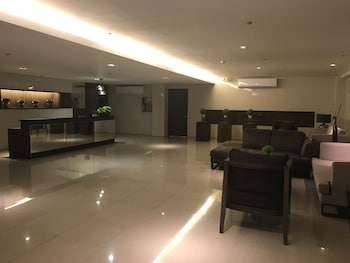 HAPPY PLACE @ SMDC TREES RESIDENCES Lobby Lounge