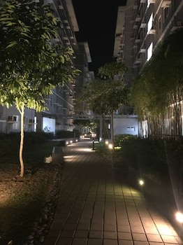 HAPPY PLACE @ SMDC TREES RESIDENCES Property Grounds